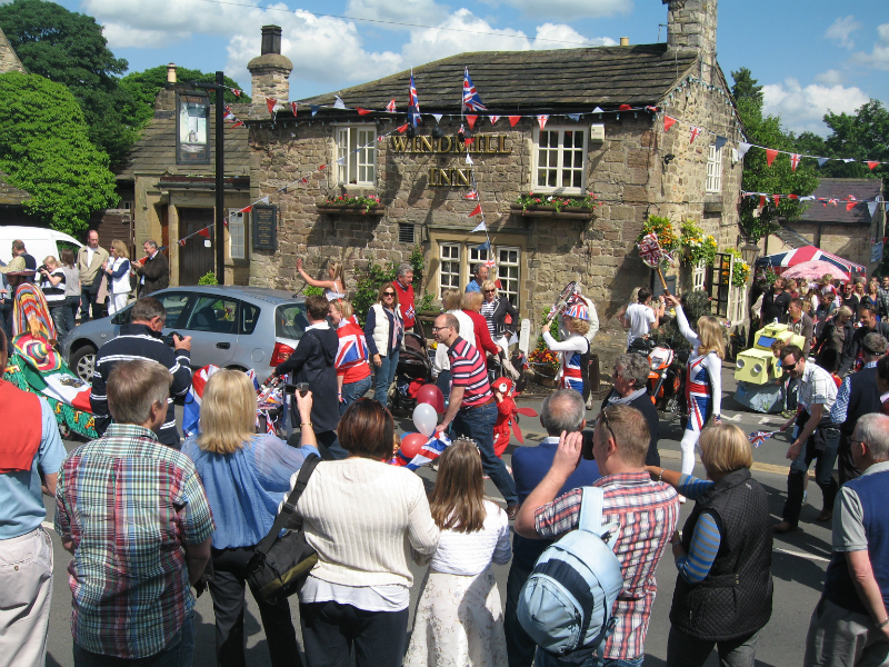The procession - Jubilee 4th June 2012